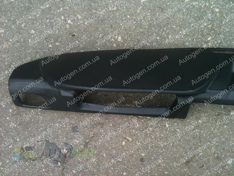 Накладка на панель ВАЗ Нива тайга 21213 черная Цена ...: http://autogen.com.ua/p/nakladka-na-panel-vaz-niva-tajga-21213-chernaya.html