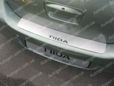 Накладка на бампер Nissan Tiida 1 SD (2004-2011) NataNiko ровная