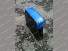 Подлокотник бар ВАЗ 2104, ВАЗ 2105, ВАЗ 2107 синий с вышивкой