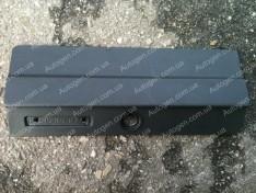 Крышка вещевого ящика (бардачка) ВАЗ 2104, ВАЗ 2105 завод
