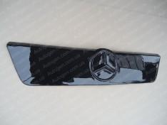 Решетка радиатора (верхняя) зимняя Mercedes Sprinter 1 (1995-2000) Глянцевая