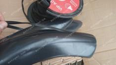 Уплотнительная резинка для тюнинга (арок, обвеса, порогов, возухозаборников) (1 метр)