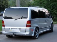 Клыки на бампер (уголки) Mercedes Vito W638 (1995-2003) (2шт) (стекловолокно)