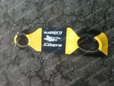 Полка акустическая ВАЗ 2101, ВАЗ 2103, ВАЗ 2105, ВАЗ 2106, ВАЗ 2107 желтая