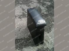 Подлокотник бар ВАЗ 2104, ВАЗ 2105, ВАЗ 2107 черный с вышивкой