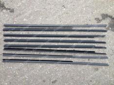Уплотнители боковых опускных стекол (бархотка югославка нижняя) ВАЗ 2104, ВАЗ 2105, ВАЗ 2107
